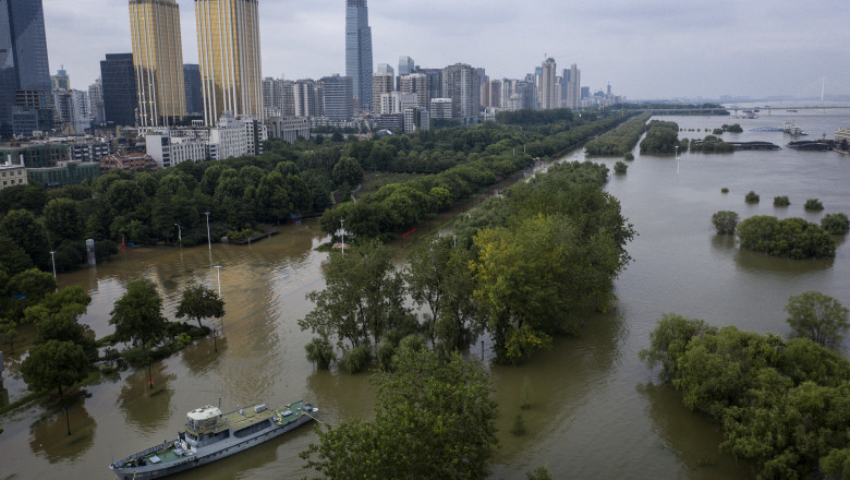 China's Wuhan Faces The Fourth Highest Water Level In History Of The Yangtze River