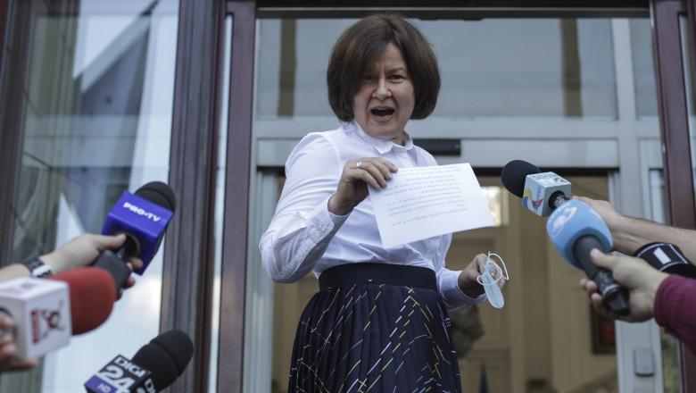 Procurorul general Gabrela Scutea face declaratii de presa