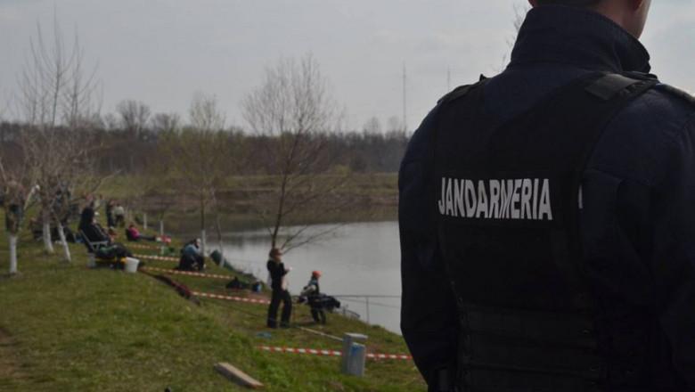 Un bărbat condamnat la închisoare a fost prins de jandarmii clujeni la pescuit