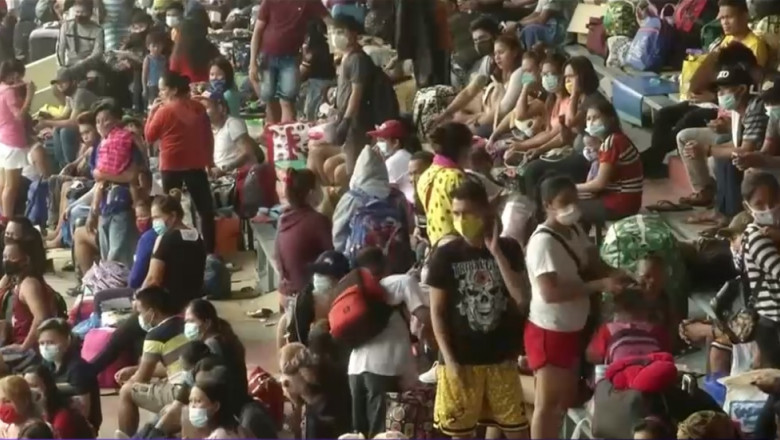 filipinezi pe stadion