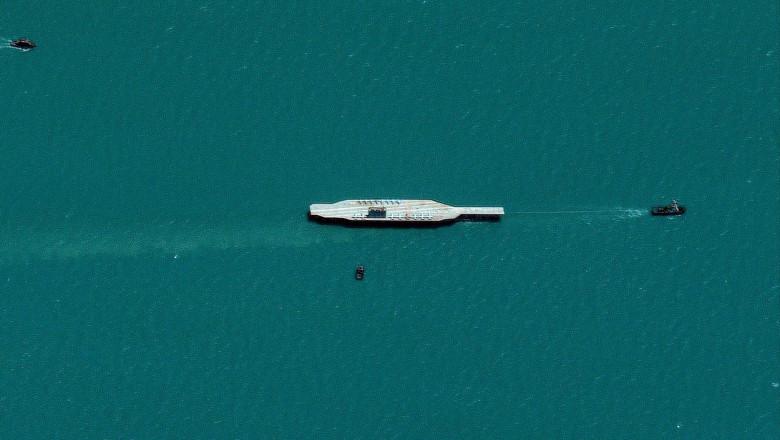 replica-portavion-iran-ormuz-profimedia-0547517665