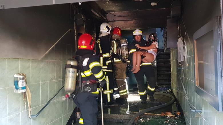 explozie-incendiu-bloc-giulesti-bucuresti (3)