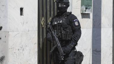 Percheziții de amploare într-un dosar de evaziune fiscală în domeniul serviciilor de pază