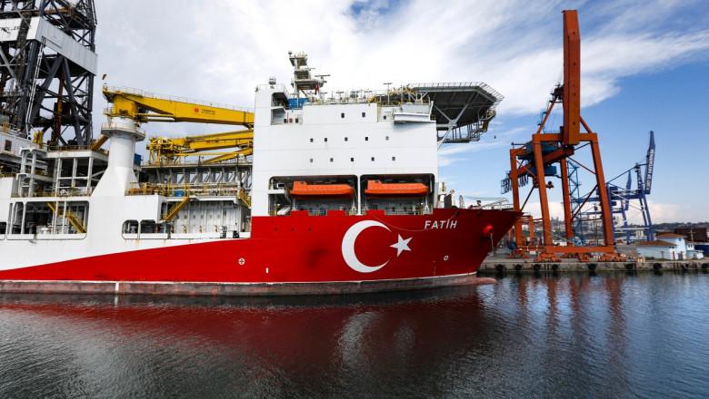 vas de explorare turcesc