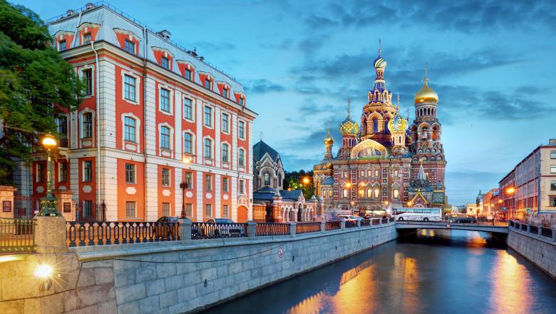 Sankt Petersburg Biserica Mântuitorului de pe Sângele Vărsat Rusia