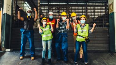 santier, muncitori