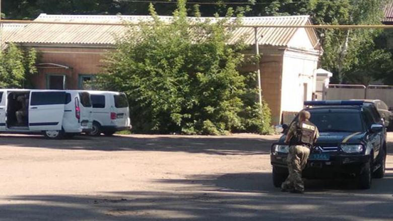 luare ostatici ucraina unian