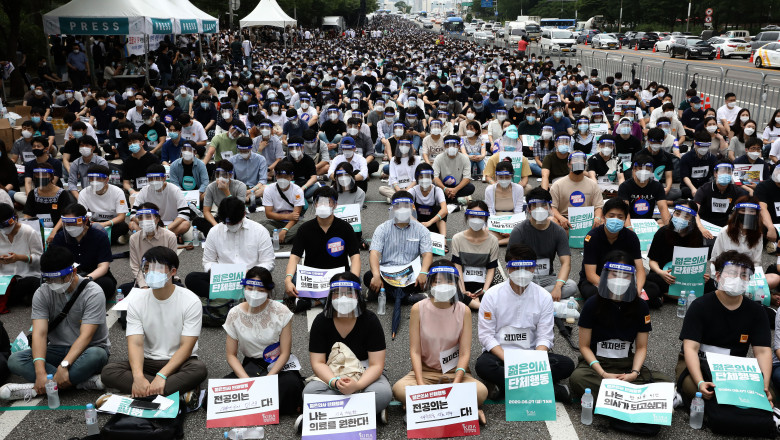 South Korea Impose Restrictions Amid The Coronavirus Pandemic