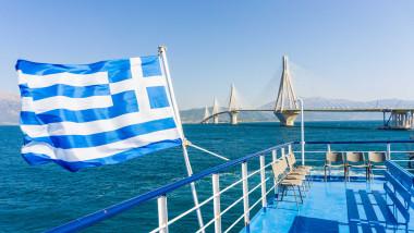Grecia a anunțat că măștile devin obligatorii și pe feriboturi, după o creștere alarmantă a cazurilor COVID