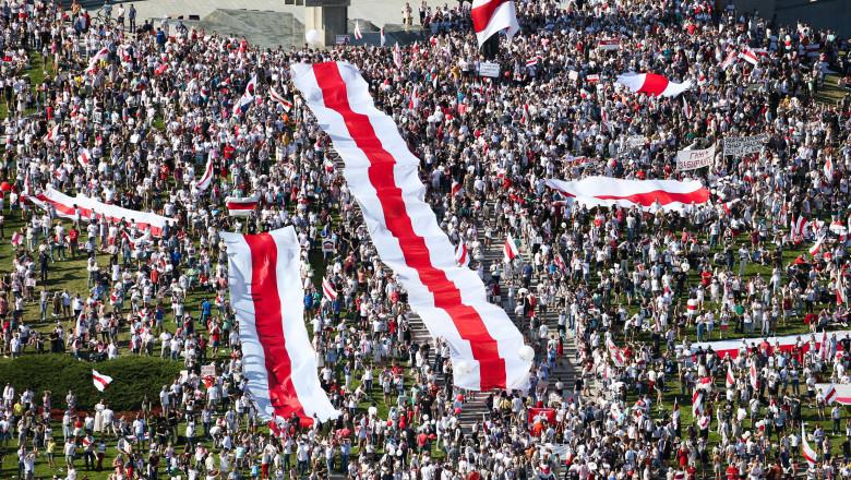 Opozitia a organizat un protest cu mii de persoane in Minsk