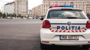 masina-politie-piata-victoriei-bucuresti-politia-fb
