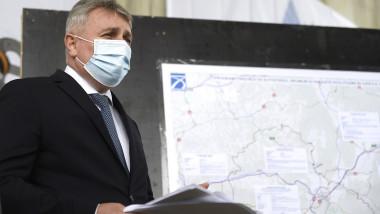 Ludovic Orban - Vizita - Santier autostrada Comarnic - Brasov, lot 2, sector Predeal - Cristian -