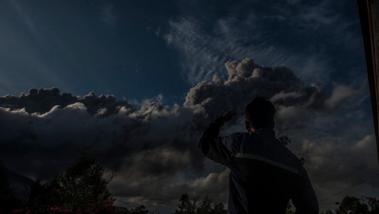 Sinabung vocano eruption - Indonesia