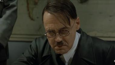 """Scena cu Adolf Hitler și generalii din filmul """"Downfall"""", una dintre cele mai parodiate scene pe internet"""
