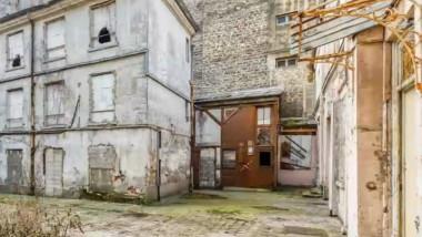 Cadavru ascuns 30 de ani într-o pivniţă, găsit în timpul renovării unui conac din Paris
