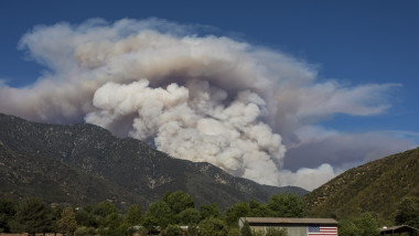 Incendiu de pădure în California