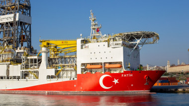 vasul de foraj Fatih