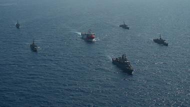 nave turcesti in marea mediterana