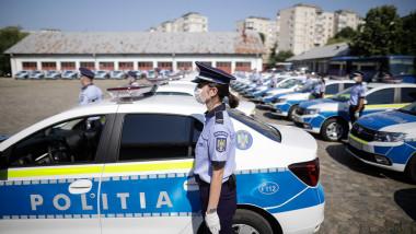 masini de politie noi vopsite culoare