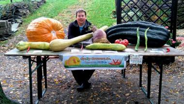 gradinar legume uriase FB