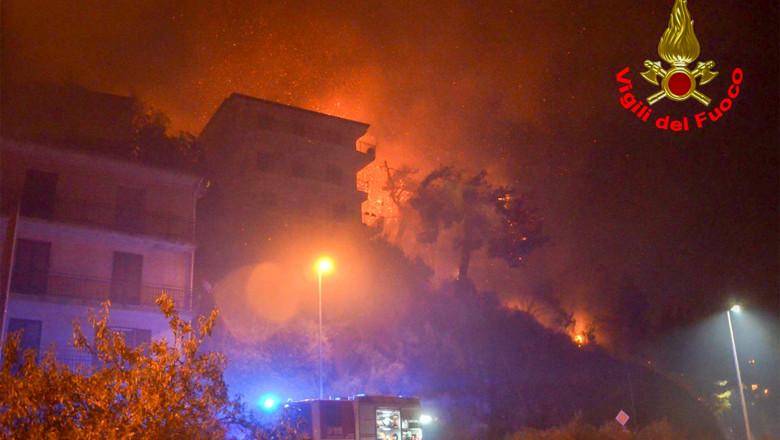 italia incendiu