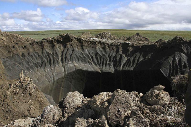 Crater in peninsula Iamal descoperit in 2014