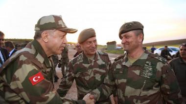 erdogan uniforma militara profimedia
