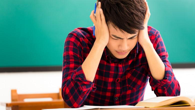 Trei luni fără şcoală înseamnă o pierdere de 3% pe an din veniturile viitoare ale copilului