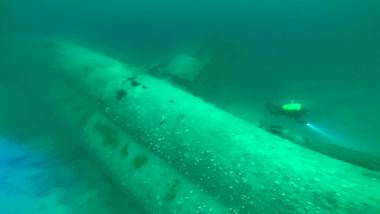 submarin scufundat