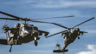 elicoptere black hawk