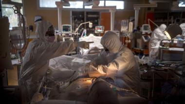 Coronavirus covid-19 doctor spital terapie intensiva
