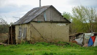 casa veche de chirpici