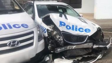 masina de politie distrusa lovita australia
