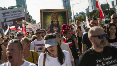 Anti covid demonstration in Warsaw, Poland - 12 Sep 2020