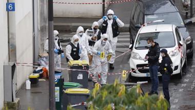 Knife attack near former Charlie Hebdo offices