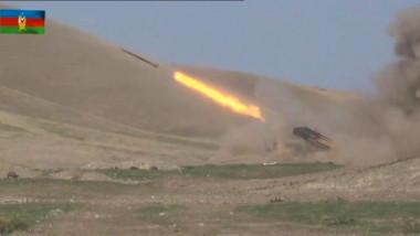 Lupte acerbe se dau între forțele armene și azere pentru regiunea Nagorno-Karabakh