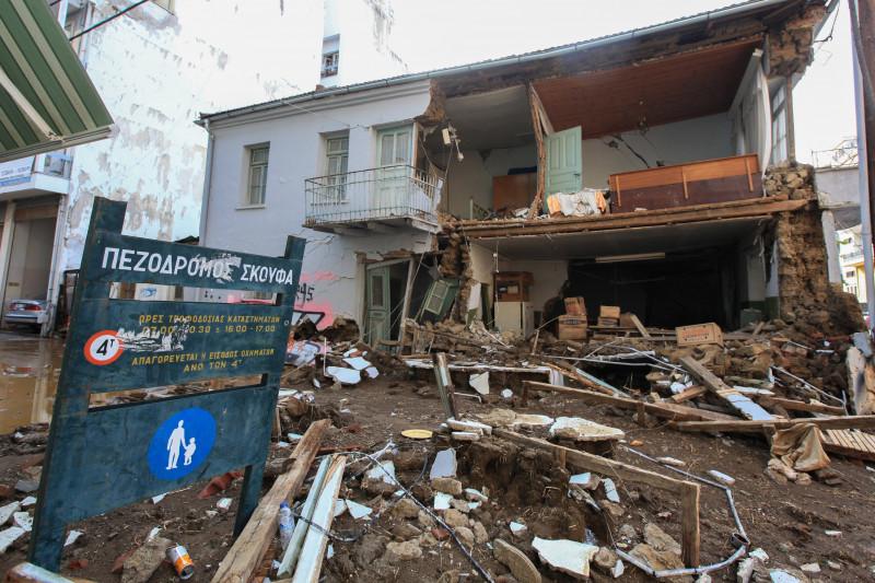 casa distruse dupa uraganul ianos din grecia profimedia-0558813316