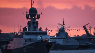 rusia nave de razboi flota