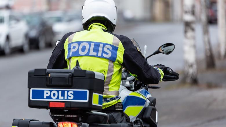 Politia suedeza patruleaza pe strazi