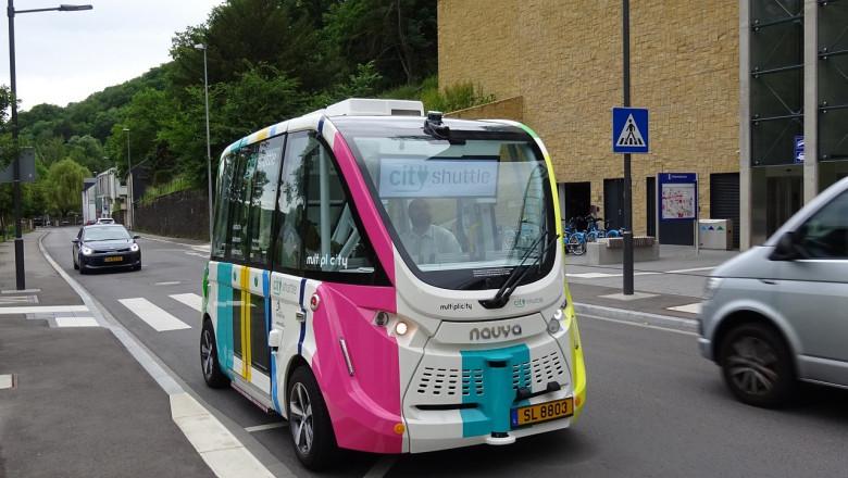 autobuz electric fara sofer