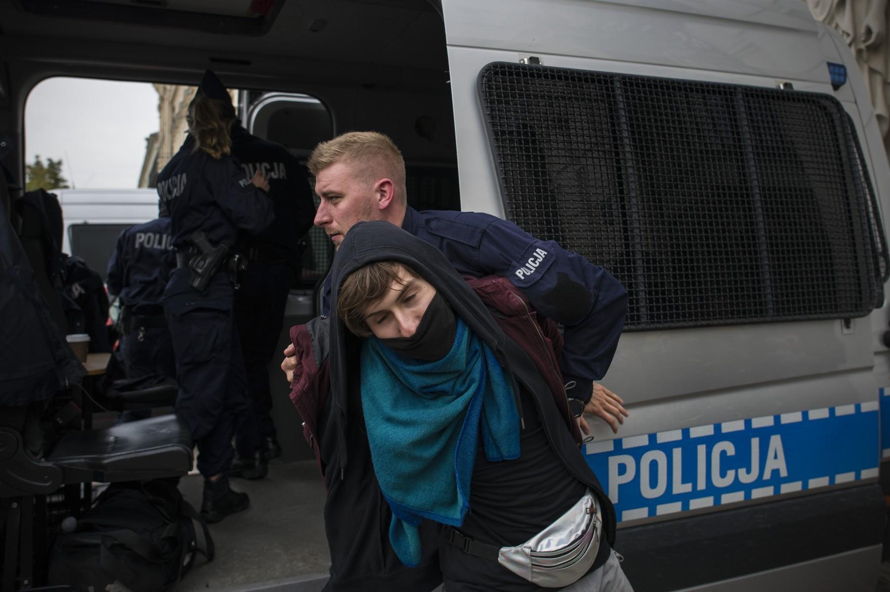"""Războiul culturilor, în Polonia. Militant gay: """"Oare Comisia Europeană chiar dorește să intervină?"""""""