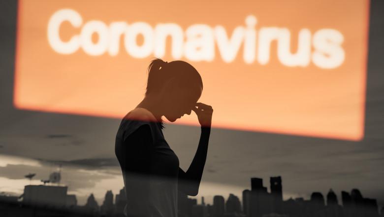 femeie obosita din cauza covid 19 in pandemie