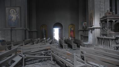 Catedrala armeană Ghazanchetsots din oraşul Shusha a fost avariată de bombardamente. Sursa: Agerpres