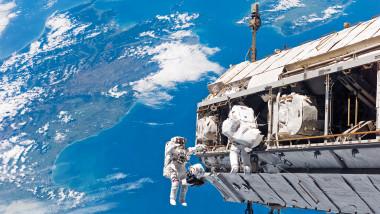 Astronauți la bordul Stației Spațiale Internaționale