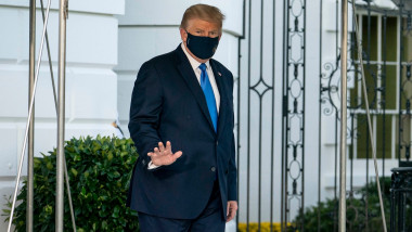 Trump pleaca din Casa Alba la spital
