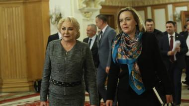 carmen dan si viorica dancila in parlament