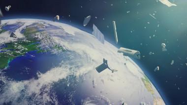 gunoi spațial orbitează în jurul Pământului