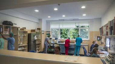 Scoaterea Spitalului Colentina din dispozitivul anti-Covid a fost o decizie neinspirată,a declarat luni premierul Ludovic Orban.