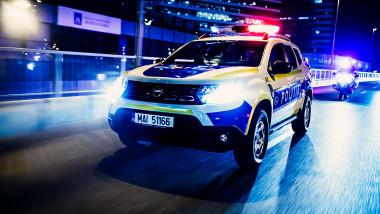 masina dacia duster politie foto fb politia romana