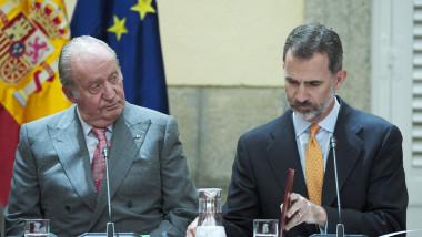 Felipe al VI-lea și Juan Carlos în 2017.
